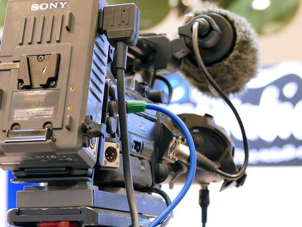 camera-1210111_640