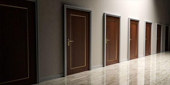 doors-1613314_640_r