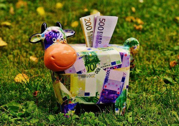 piggy-bank-1510525_640