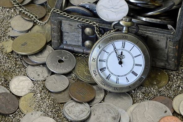 pocket-watch-1637393_640_r